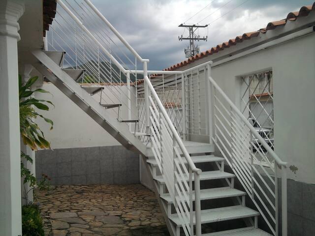 Anexo / Habitación / Efficient Apartment