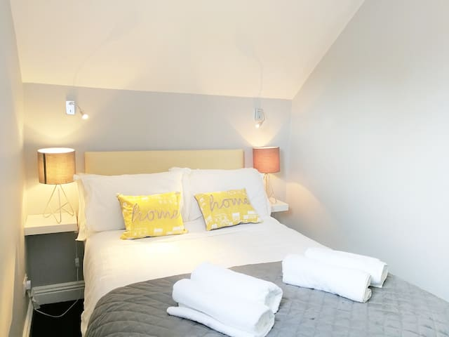 **Cosy renovated private Ensuite room**Ballsbridge at RDS