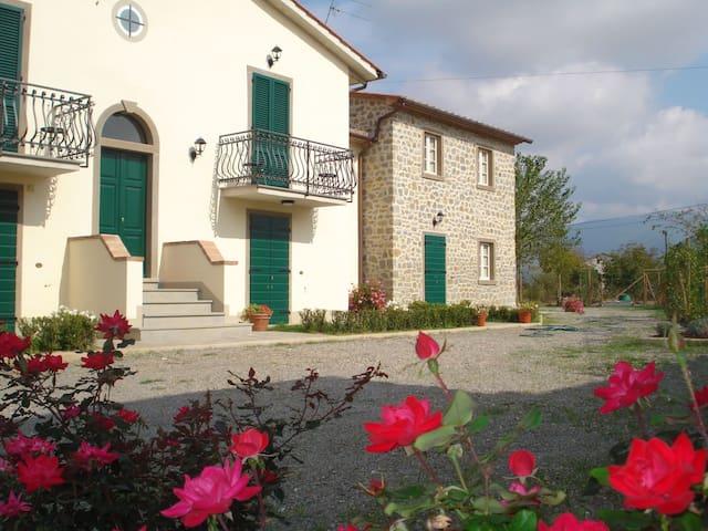 Le Casine Seven Apartments - Fratta-santa Caterina - Villa