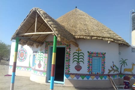 Non AC Traditional Mud House near White Rann