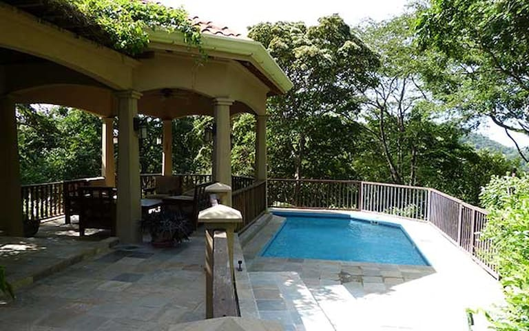 Exclusive 3 Bedroom Villa Rental in Costa Rica - El Jobo - Casa de camp