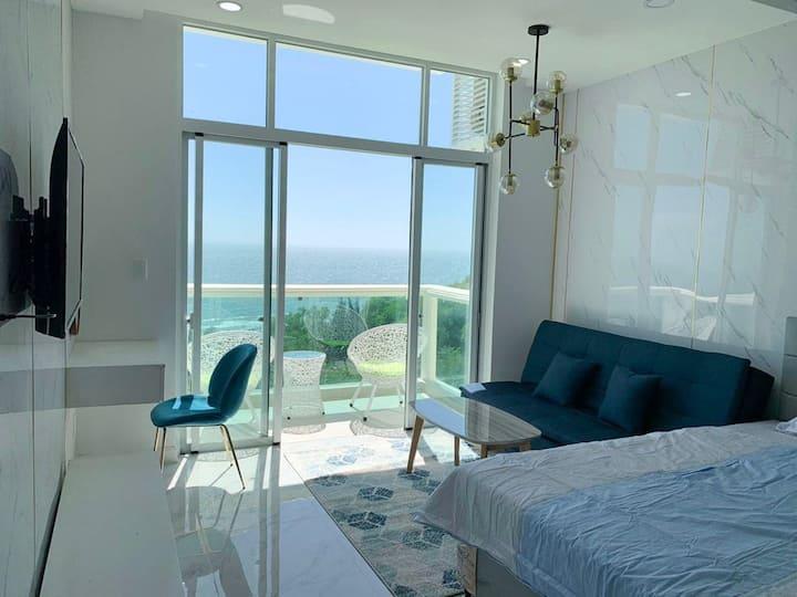 Beautiful sea view room