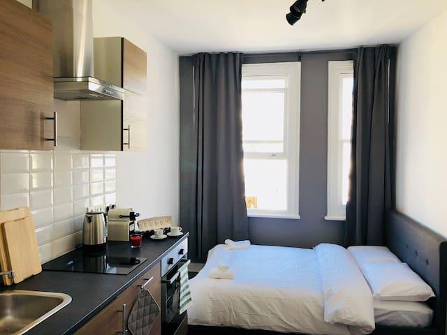 Boutique Studio Apartment 9 West Kensington