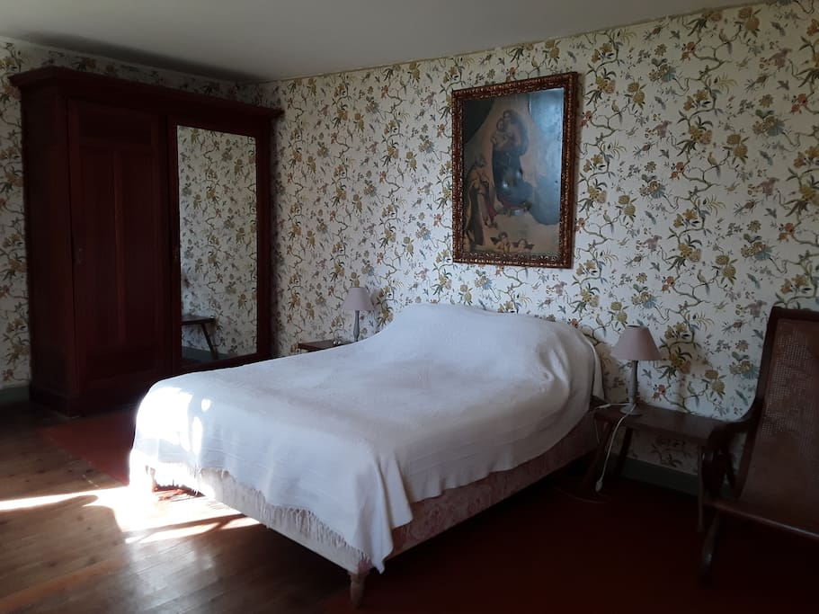 la chambre côté lit