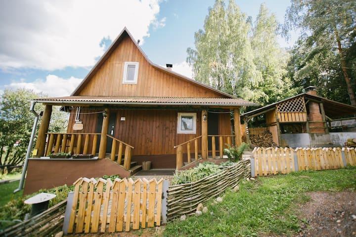 """Усадьба """"Хата"""" в 20 км от Минска"""