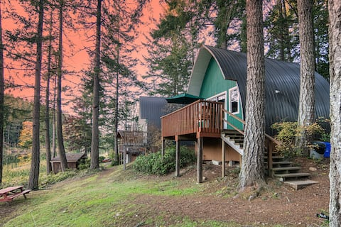 Cusheon Lake Resort Cedar Chalets