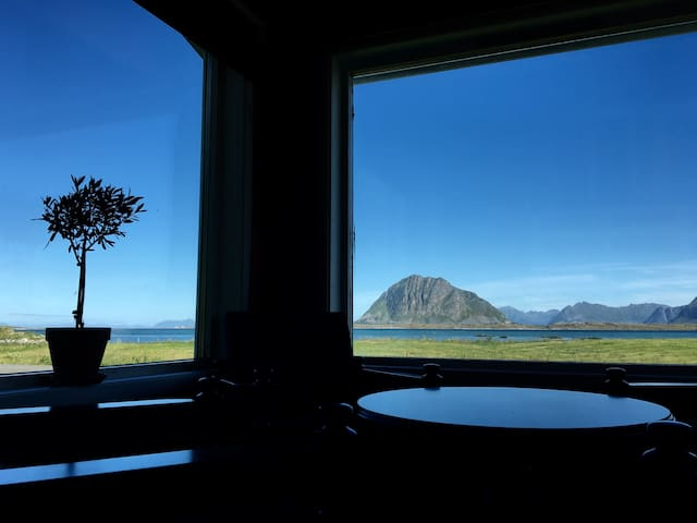 House by the sea, Lofoten - Leknes - House