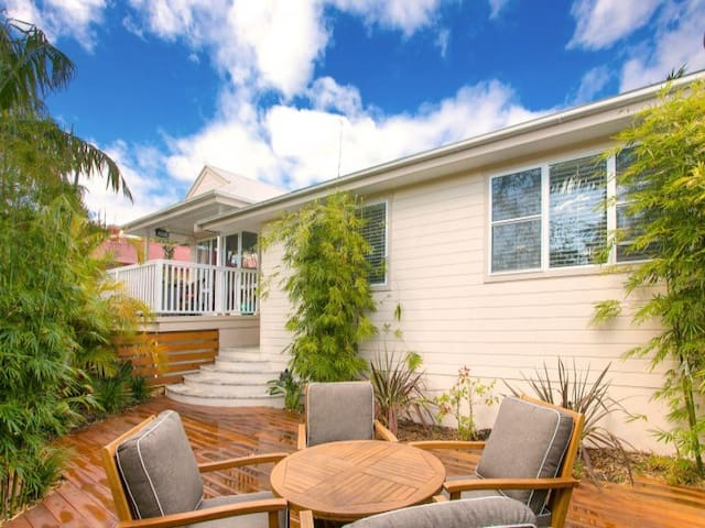 3 Bedroom House in North Manly - North Manly - House