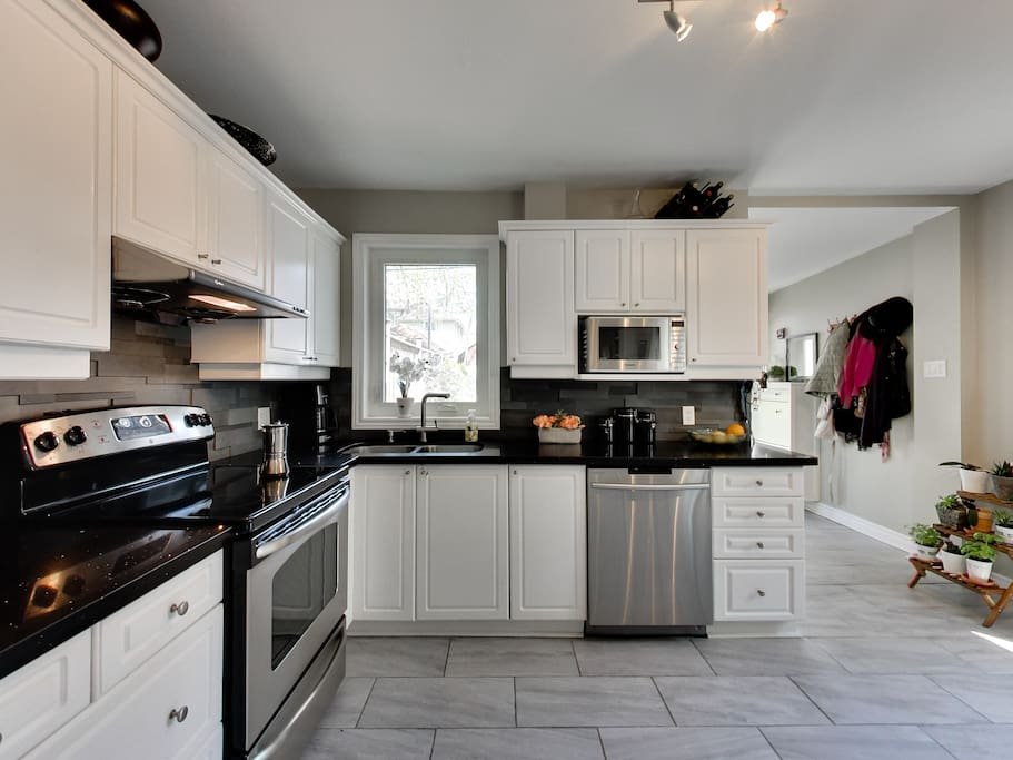 Lots of space for families & entertaining