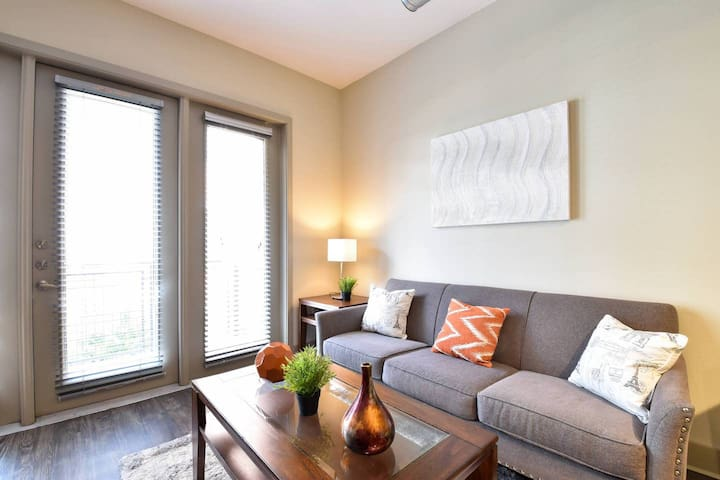 Arts Central 2br + Balcony | By Dining + Shopping
