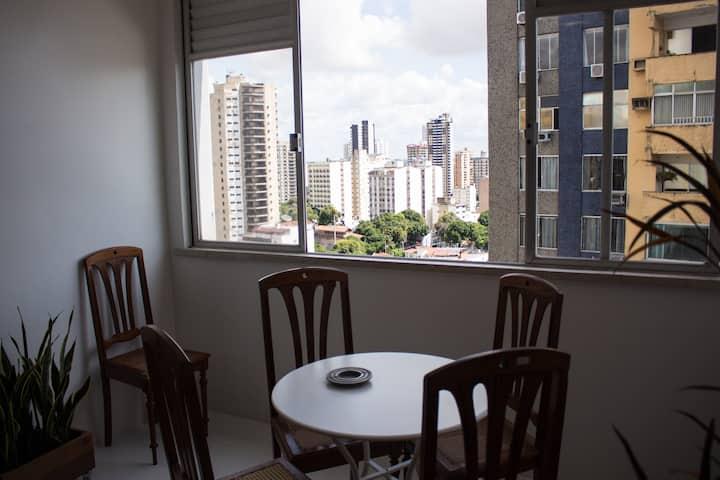 Ótimo Apartamento no Bairro de Nazaré