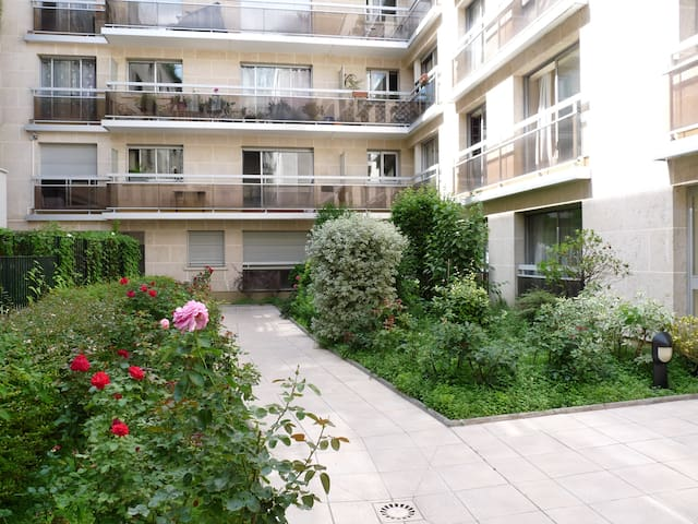 Bel appartement 4 personnes Montparnasse + parking