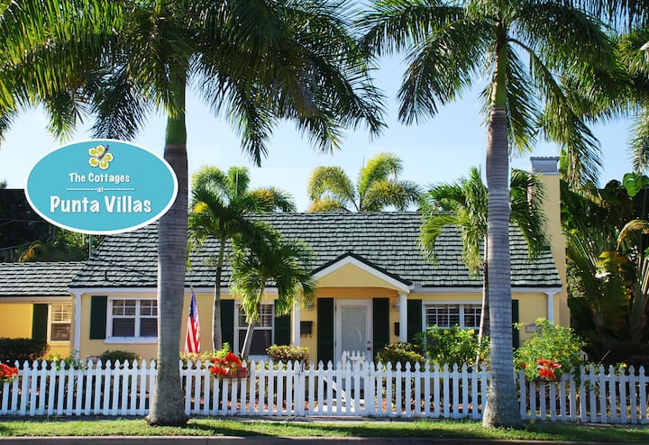 The Pineapple Cottage Historic Downtown PuntaGorda
