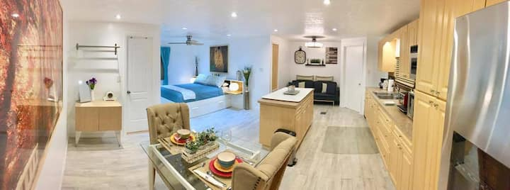 Beautiful Loft Manufactured -Home FIU Dolphin Mall