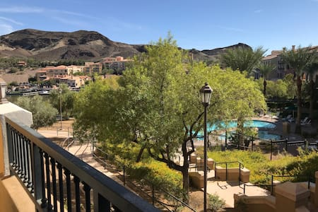 Lake Las Vegas Studio With View