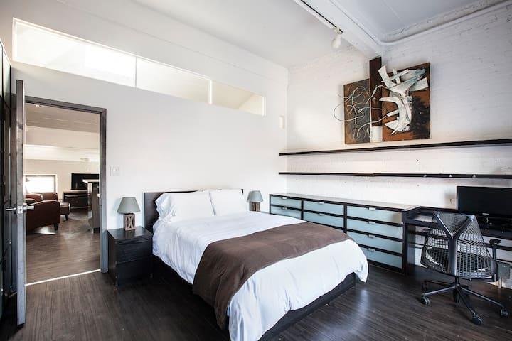 Private Loft Apartment