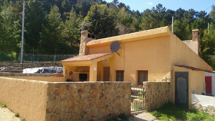 Casa rural en la montaña de Riopar