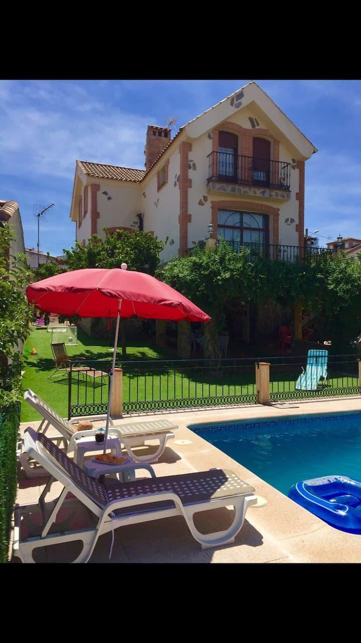 Casa rural Buenavista. Con piscina privada