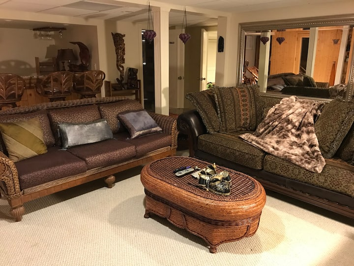 Large comfy basement, relax, play, rest