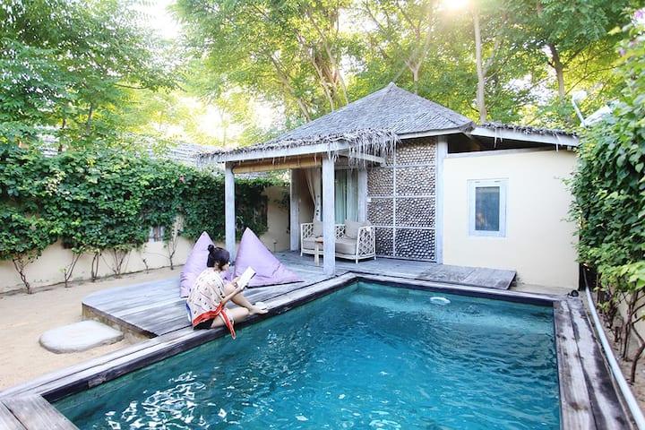 Ottalia Meno Superior Private Pool Villa