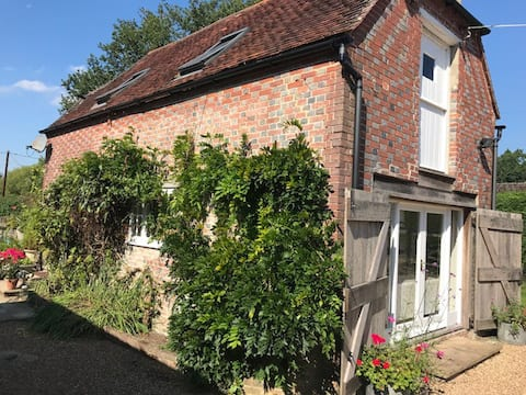 17th century period cottage in East Sussex