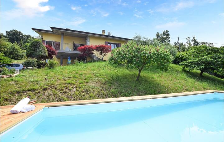 Casa Castellani