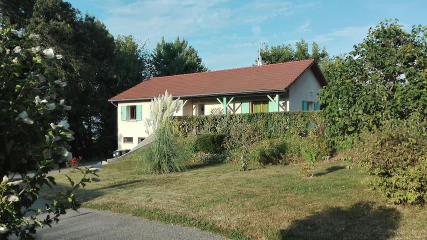 VUE EXCEPTIONNELLE SUR NOS MONTAGNE - Saint-Sulpice-des-Rivoires, Auvergne-Rhône-Alpes, FR