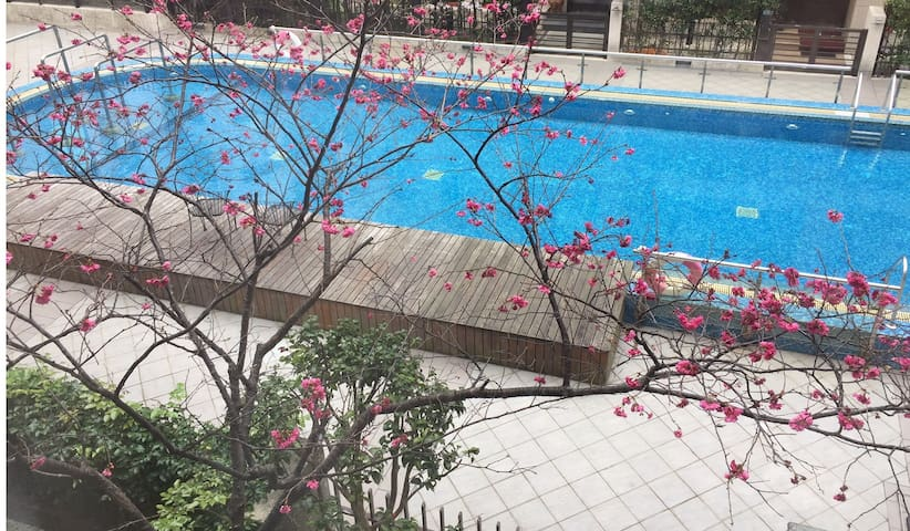 6 Bedrooms Villa with swimming pool in Taipei