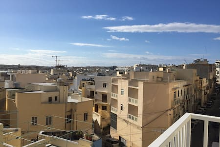 Brand New Comfortable Apartment - Tas-Sliema