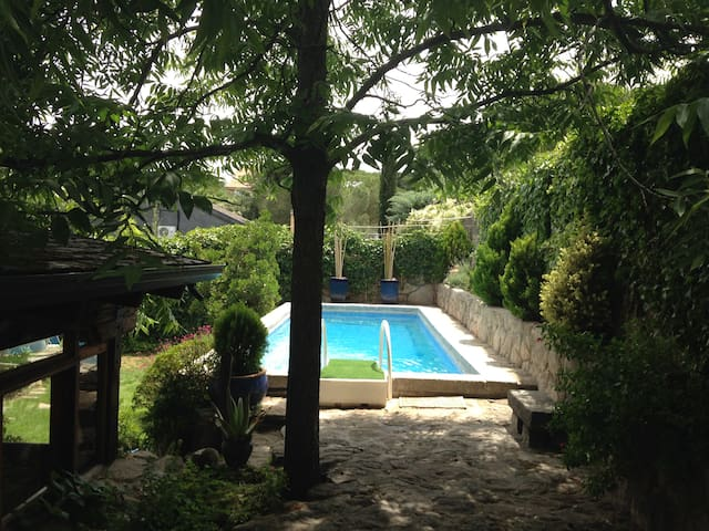 Quiet and close to everything - Las Rozas - House