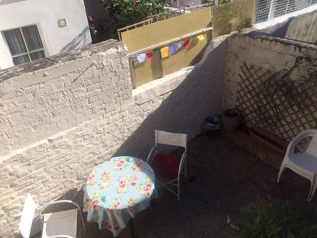 Large double bedroom in the heart of Fulham