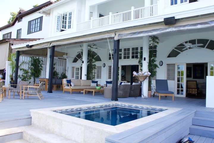 Mamiti Blue - Blue Lagoon Villa