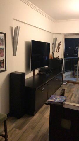 Moderno y Amplio apartamento de familia.