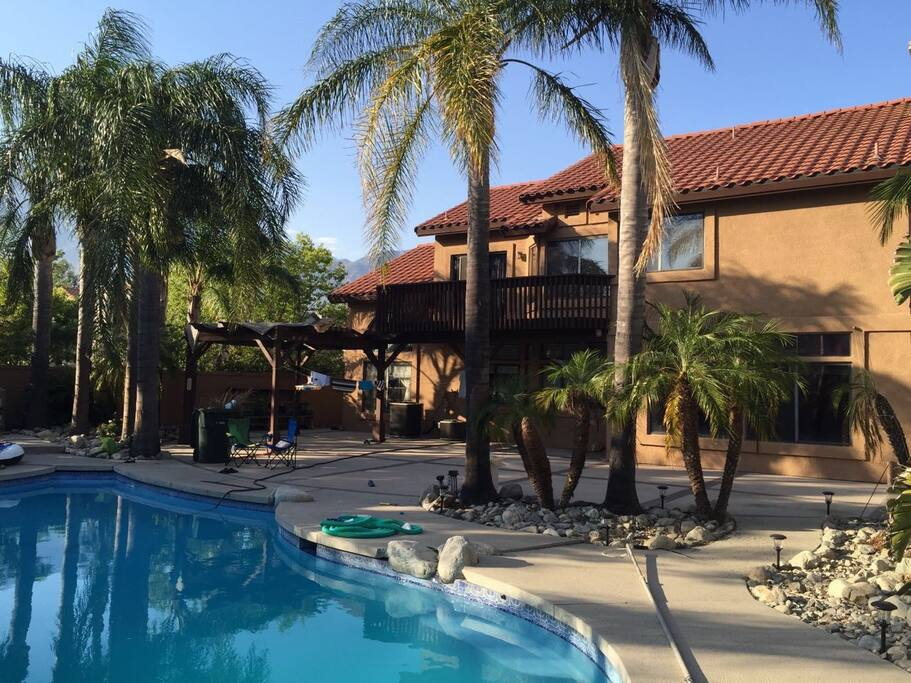 Charming House W Swimming Pool Houses For Rent In Rancho Cucamonga California United States