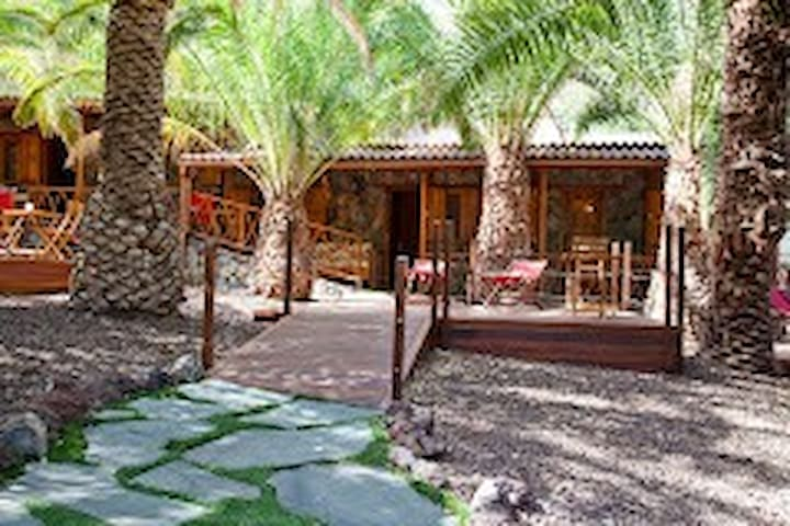 Villa Redondo de Guayedra (Ecolodge teguise)