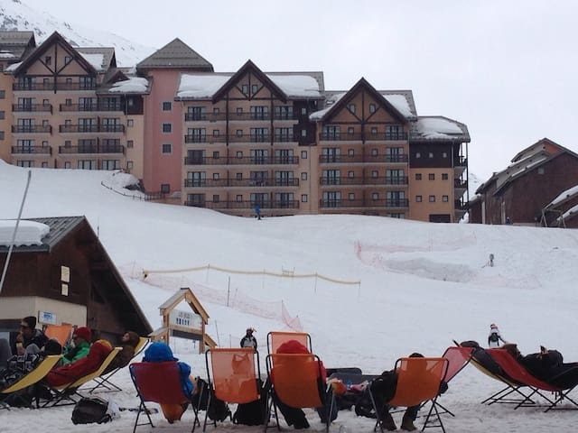 Location F2 départ skis aux pieds - Valmeinier - Appartement