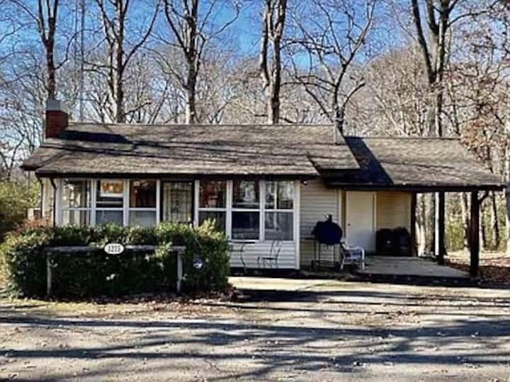 Beautiful House next to the Kentucky Lake!!