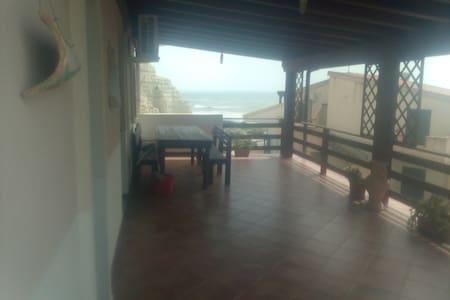 Appartamento Capo Rossello pochi passi dal mare - Lido Rossello