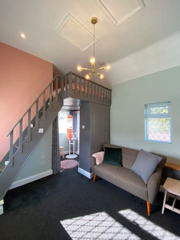 Drapers Cottage -  tiny home for a peaceful stay