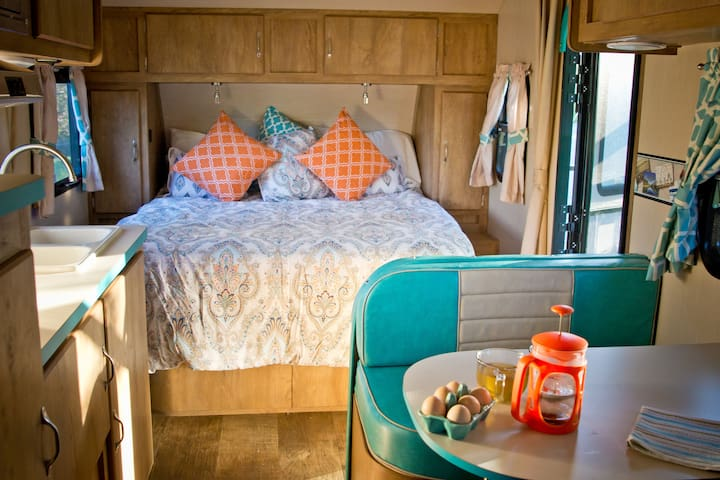 Glamping on a scenic ranch - Fallbrook
