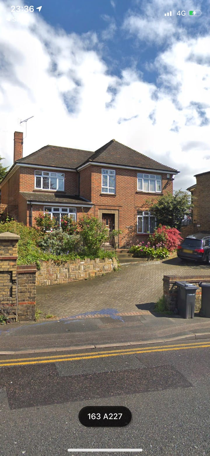 Large Room in Spacious Detached Home