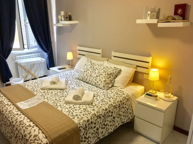 Classic Double or Twin Room with Shared Bathroom Standard Rate