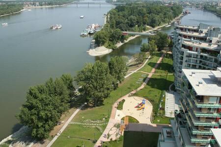 New Danube Flat - Boedapest - Appartement