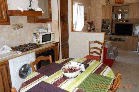 Appartement dans villa La Ciotat - La Ciotat