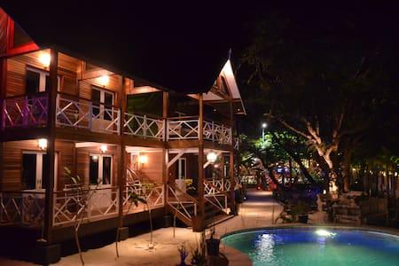 Serene Beach Villa - Pemenang