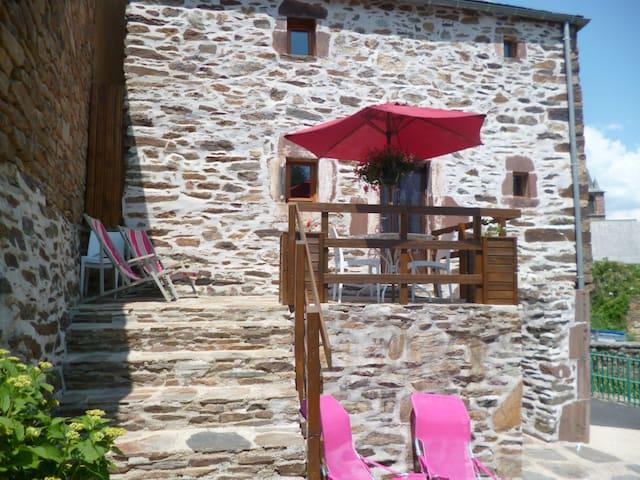 Maison de village les balcons de l'aubrac