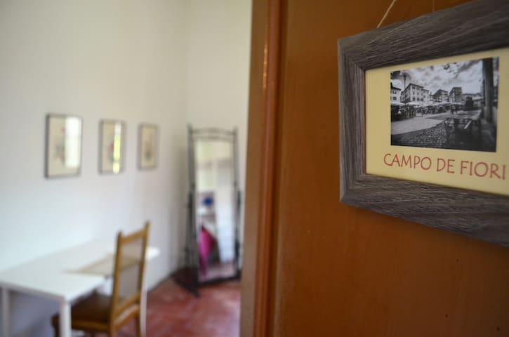 Habitación Campo de' Fiori - Masía Le Romane - Pineda de Mar - Bed & Breakfast
