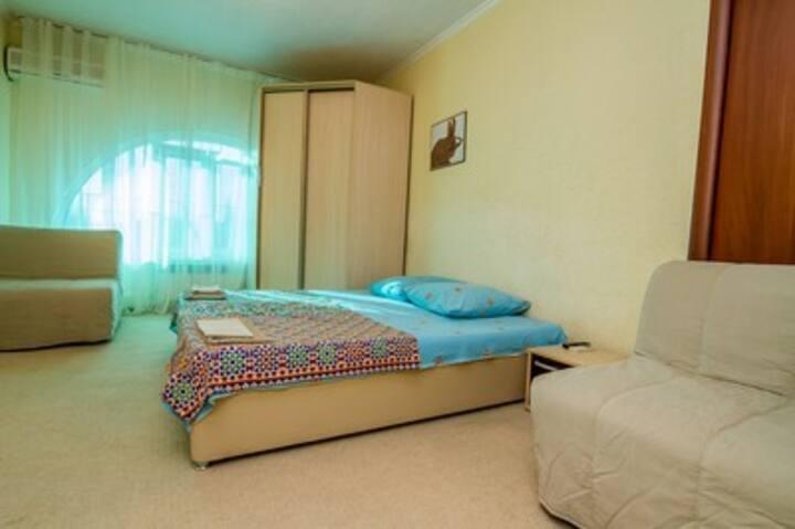 Standard 4-bed room