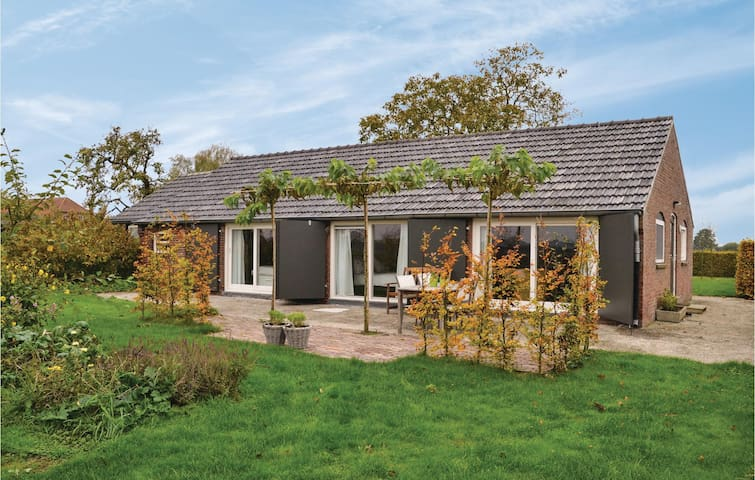 Former farm house with 2 bedrooms on 70m² in Baarle-Nassau