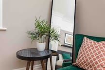 The Chertsey house - Groups & family- Free Parking